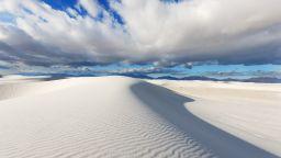 Магичната красота на снежнобелите пясъци на Ню Мексико