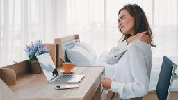 Продължителната работа зад бюро може да увреди щитовидната жлеза