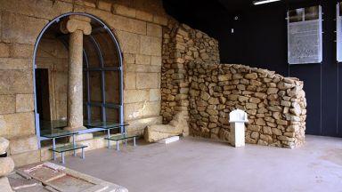 Разходете се из казанлъшките гробници и музеи, докато си седите на дивана