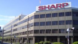 Пандемията тласна бизнеса на Sharp в нова посока