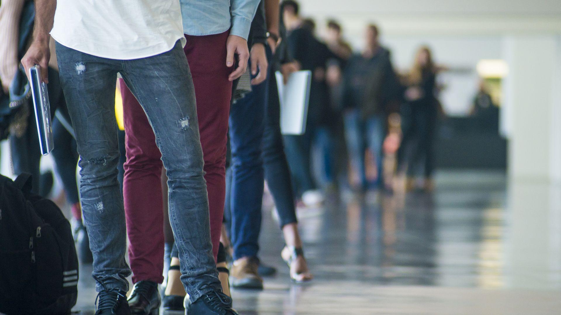 Безработните продължават да намаляват: кои са най-търсените професии