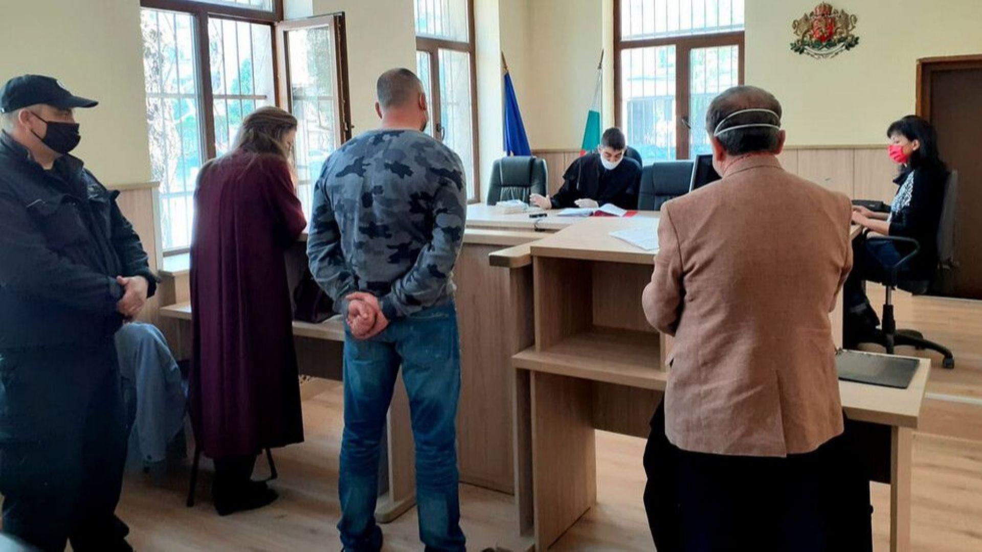 Първа присъда за нарушаване на карантината - 5 хил. лв. и пробация