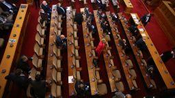 Депутатите гласуваха извънредно положение до 13 май