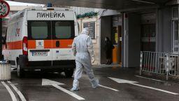 Още трима починаха в София, жертвите вече са 17