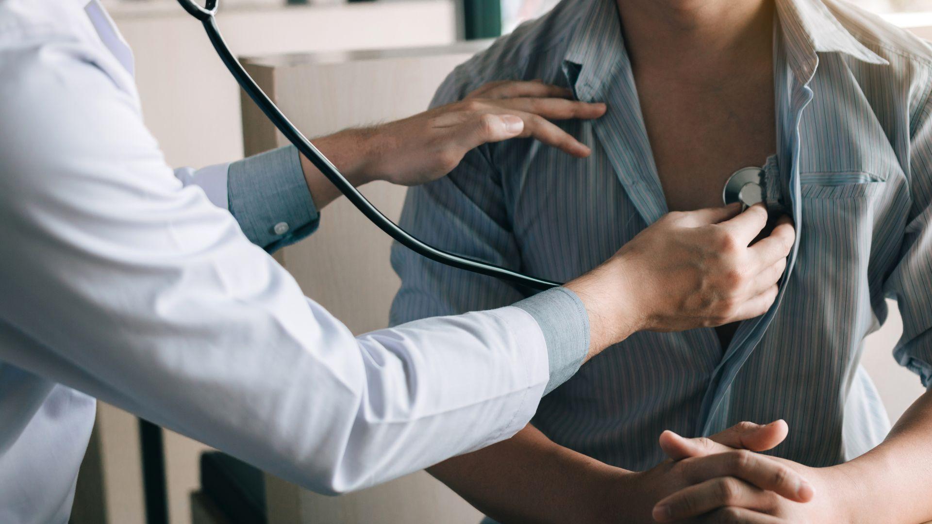 Д-р Стойчо Кацаров: Трябва да се преоцени забраната за профилактични прегледи