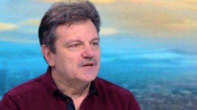 Д-р Симидчиев: Носенето на маски може да намали до 30% новозаразените