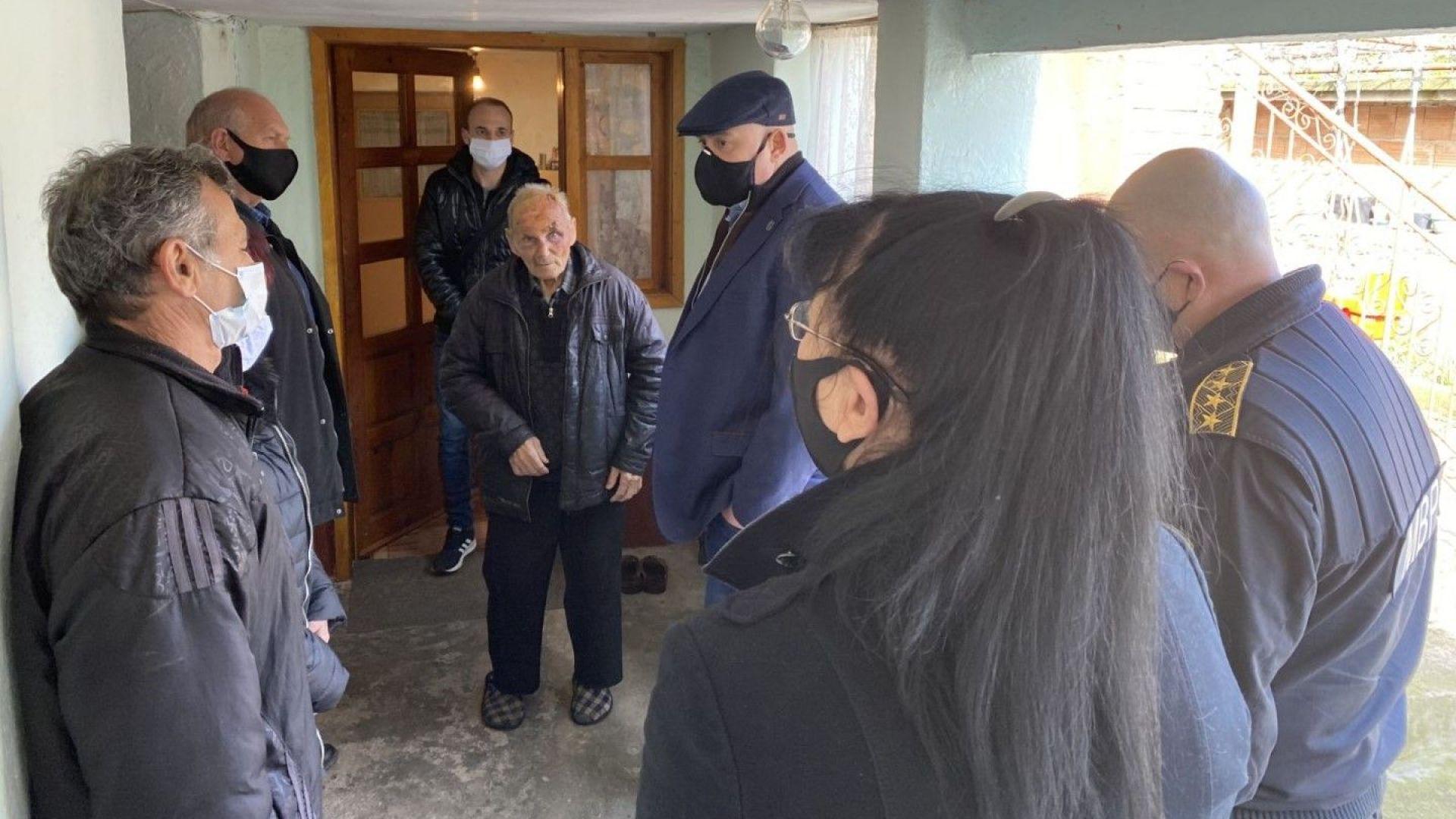 Двама нападатели на 86-годишния старец от Трилистник са задържани