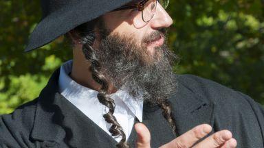 В Израел ще правят специални маски за мъжете, които носят бради по религиозни причини