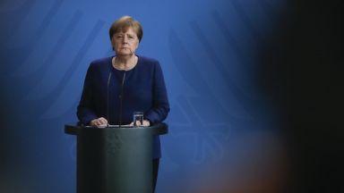 Пандемията от коронавируса е  най-голямото изпитание за ЕС,  заяви Ангела Меркел