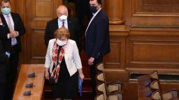 Менда Стоянова опроверга президента, че хазната е празна