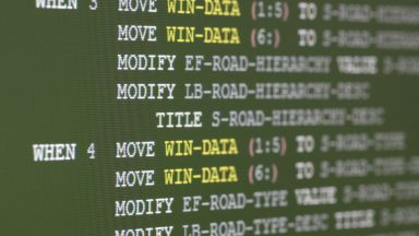 САЩ се нуждаят спешно от програмисти на COBOL