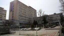 36-годишен мъж издъхна в София, увеличават се заразените в болница