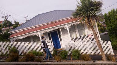 Нова Зеландия си възвърна от Уелс рекорда за най-стръмна улица в света (видео)