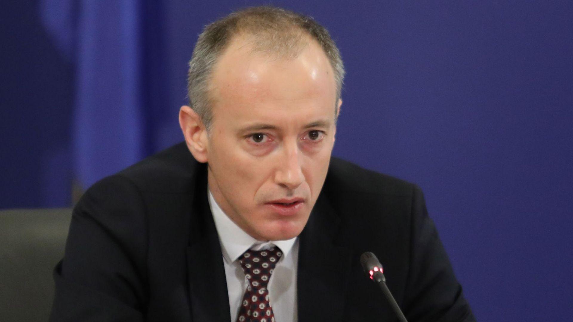 Красимир Вълчев: Няма свръх стойности на заразени с Covid-19 в училищата