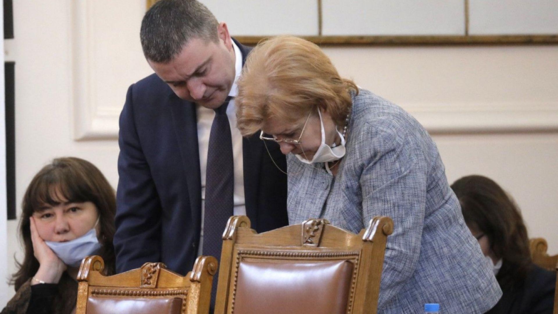 Намаляването на ДДС мина през бюджетната комисия въпреки Горанов и Стоянова