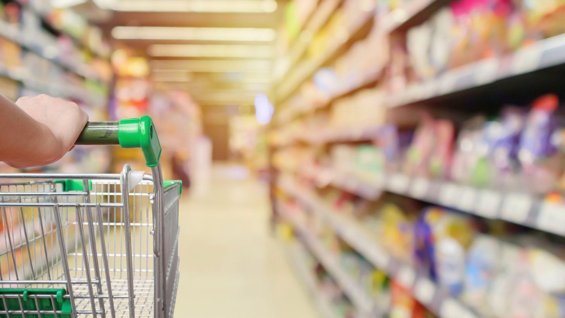 Условията на производителите: 90% млечни продукти и 100% българско мляко