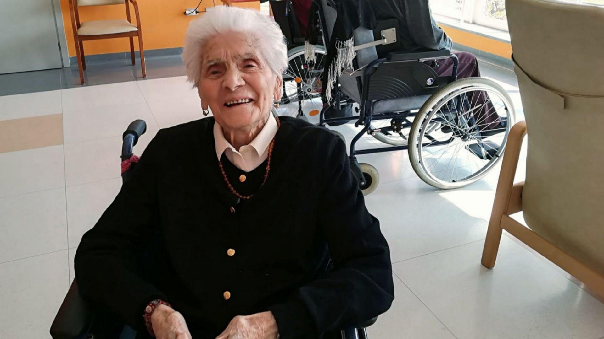 Сто и четири годишната италианка Ада Дзанусо се справила със