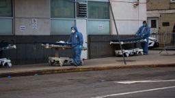 Ню Йорк с нов мрачен рекорд на починалите от коронавируса за ден - 799 души