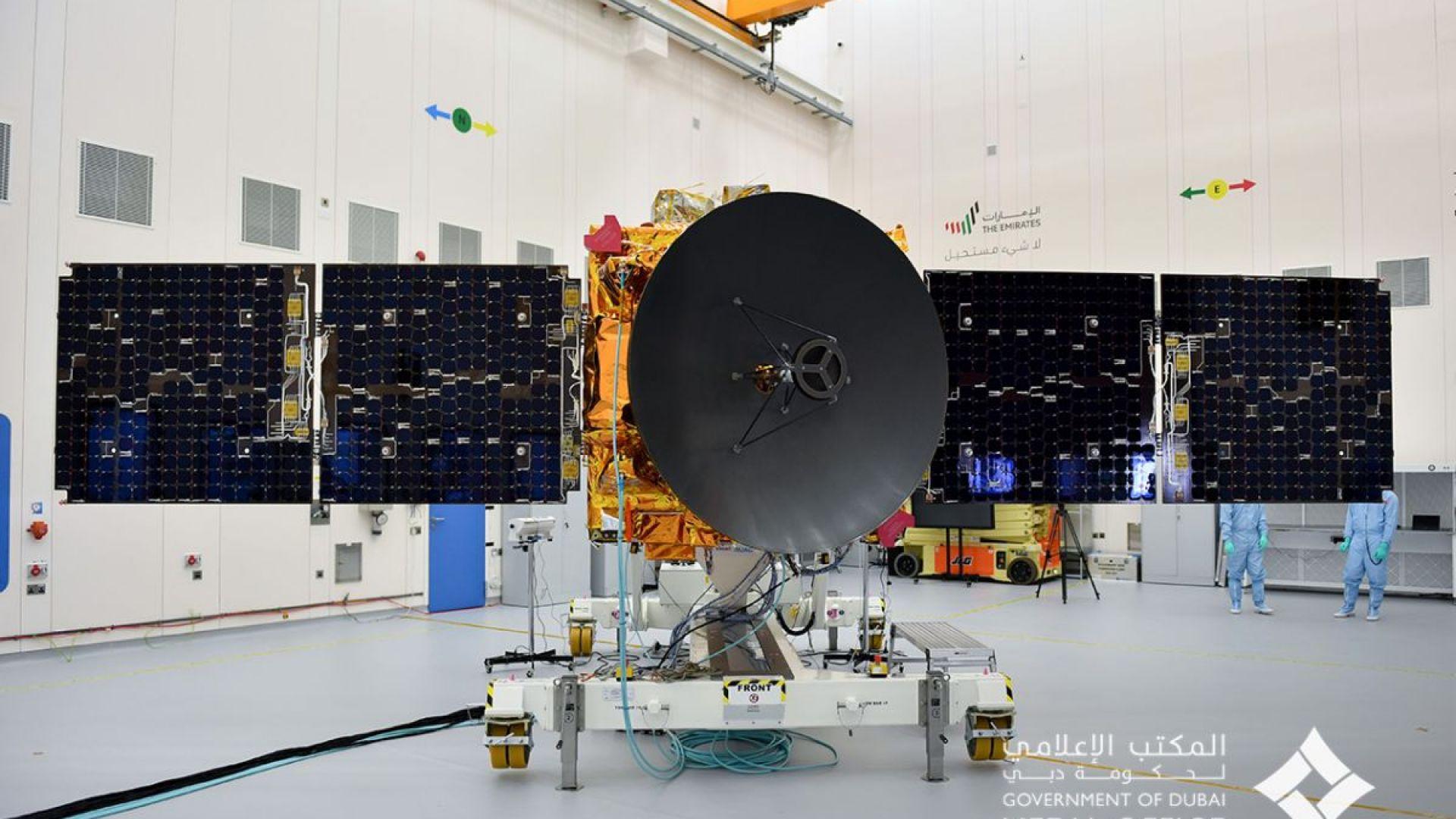 """Арабската космическа сонда """"Амал"""" приближава Марс"""