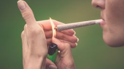 Камарата на представителите на САЩ гласува за легализиране на марихуаната