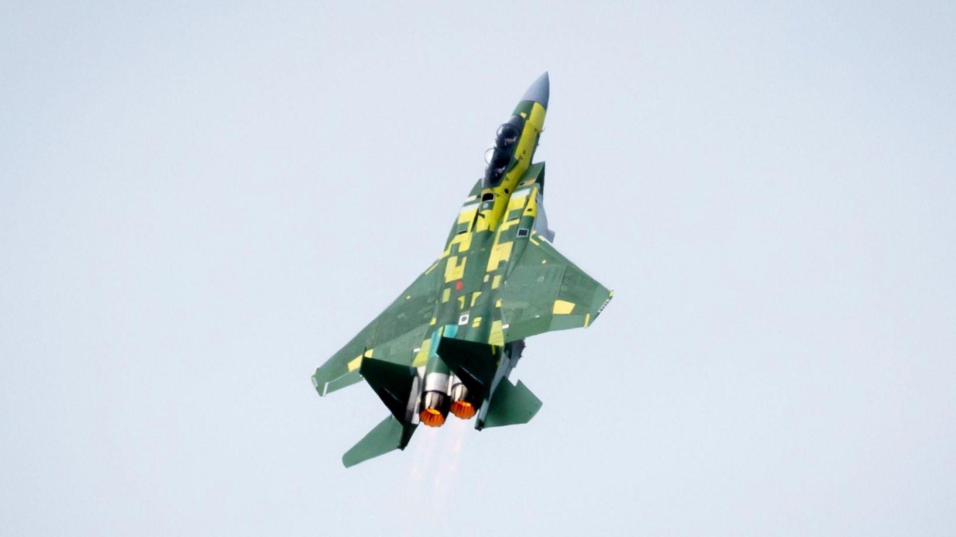 Катар показа какво може изтребителят F-15