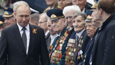 Ветераните от ВСВ призоваха Путин да отложи парада на 9 май
