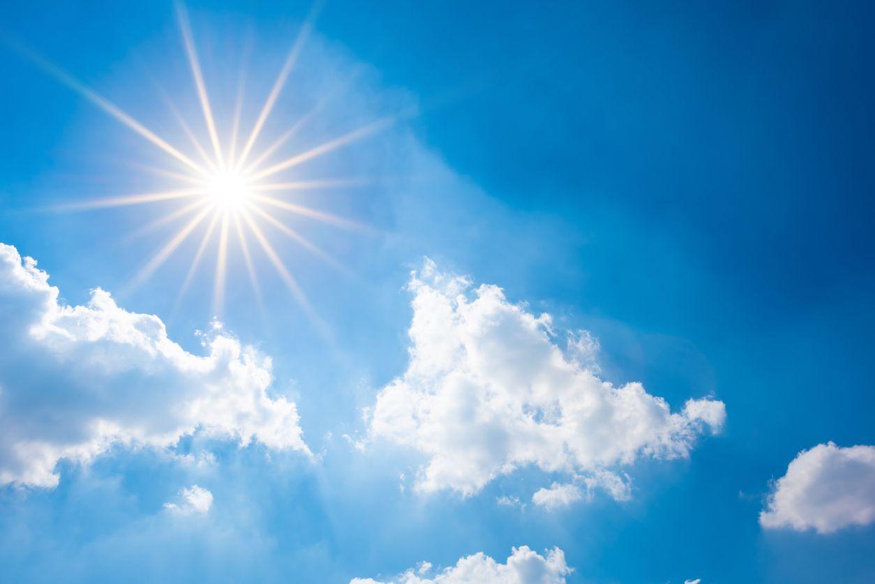 Топло, почти сухо, с повишаващи се температури през седмицата