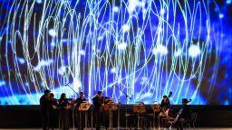 """НДК със специален великденски подарък - визуалният концерт """"Четирите годишни времена"""" от вечерта, посветена на Теодор Ушев"""