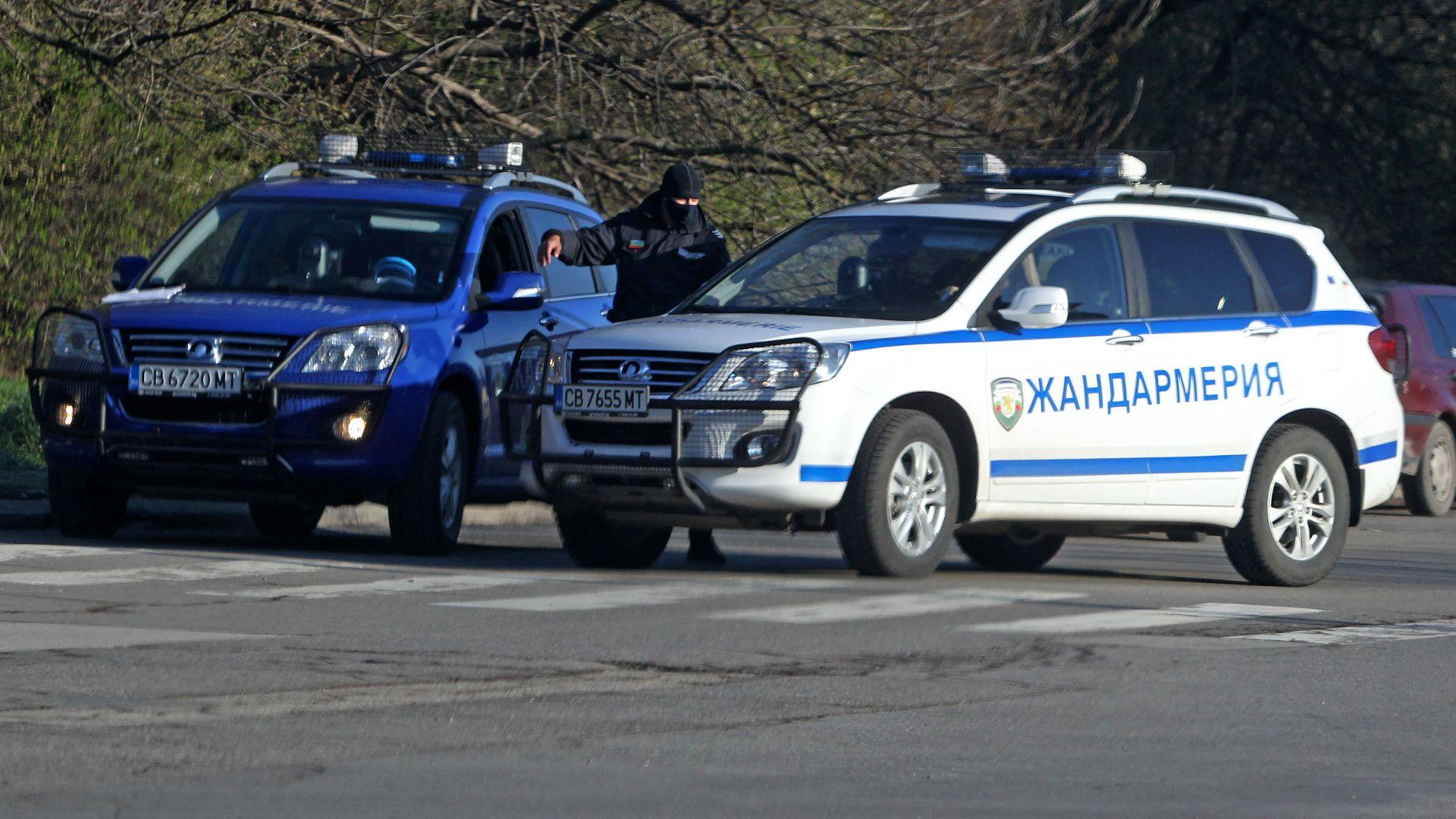 Акция на ГДБОП се провежда в две казанлъшки села -