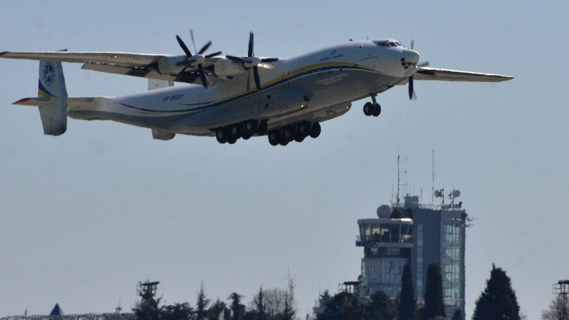 Ще съсипе ли коронавирусът авиационната индустрия?