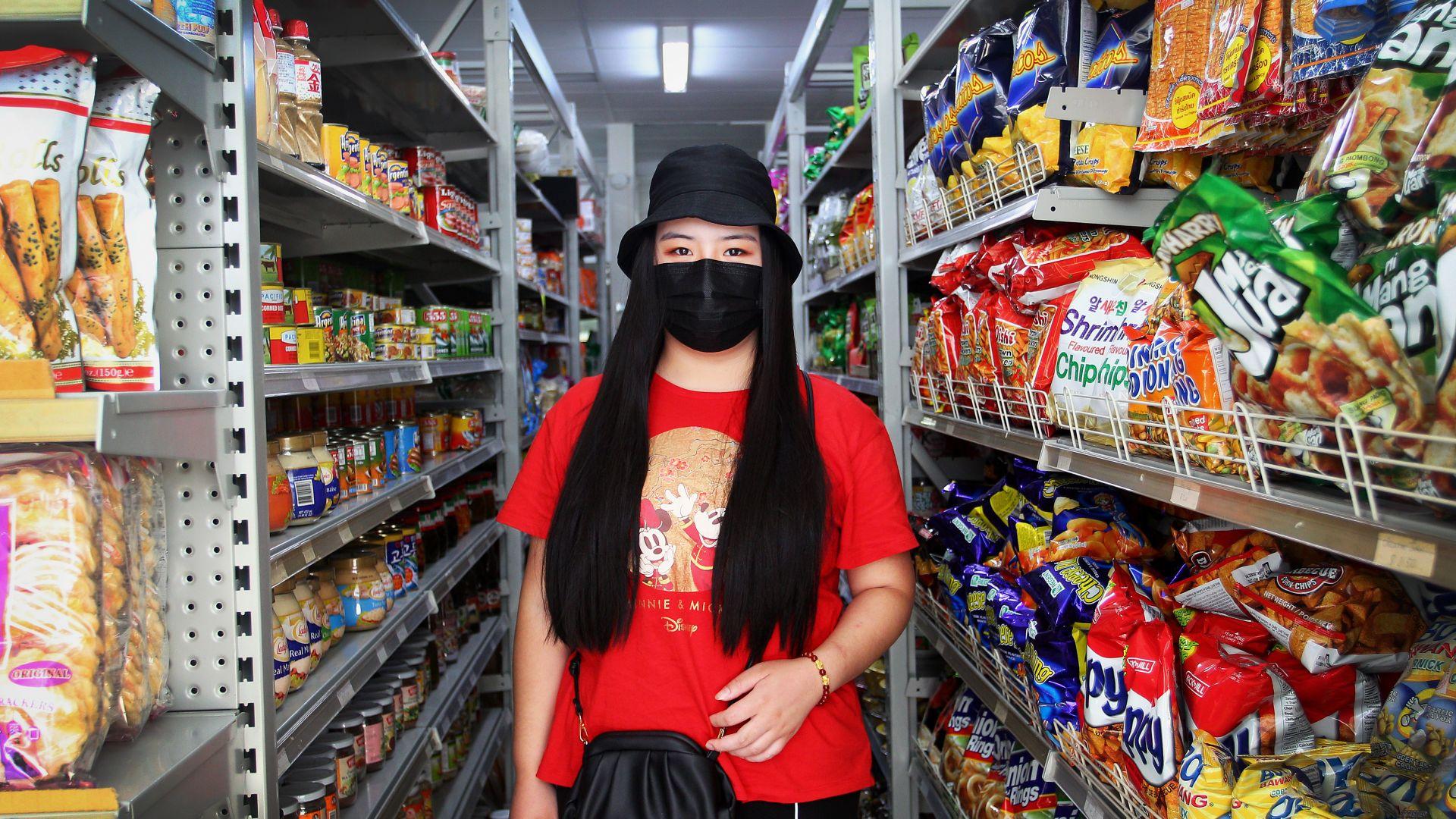 Виетнамски смартфон ще разпознава лица с маски