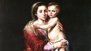 Един от най-добрите майстори на образа на Дева Мария пада от скеле, докато зографисва олтар
