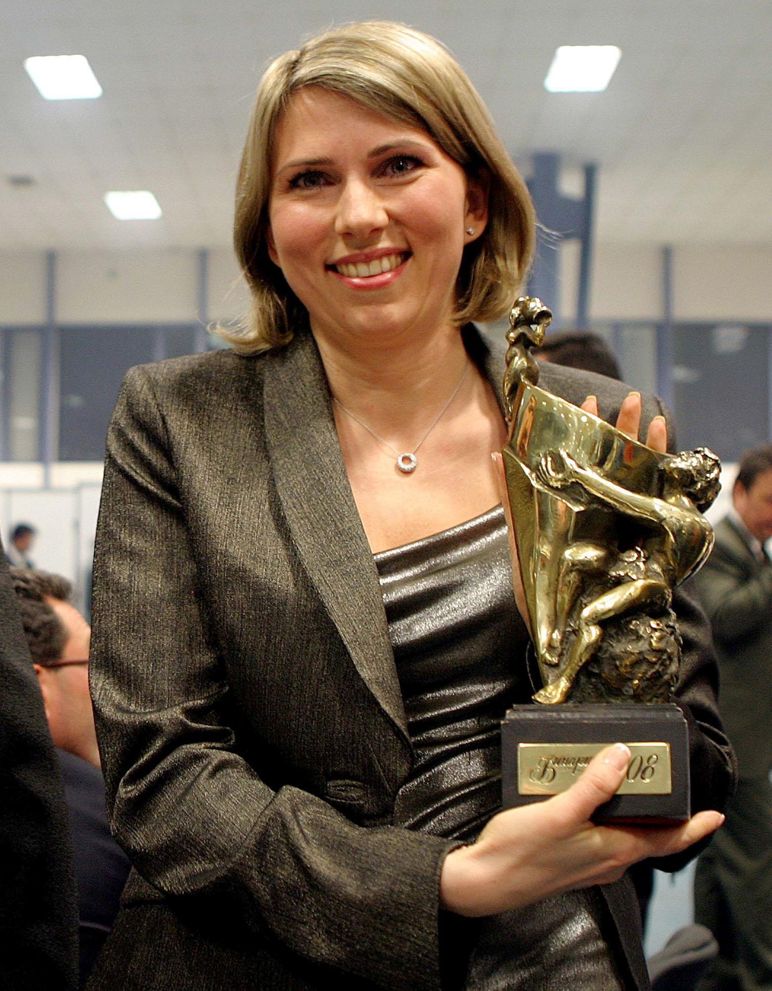 """Десислава Пешева-Николова на връчването на наградите Златен ритон на """"Винария 2008"""""""