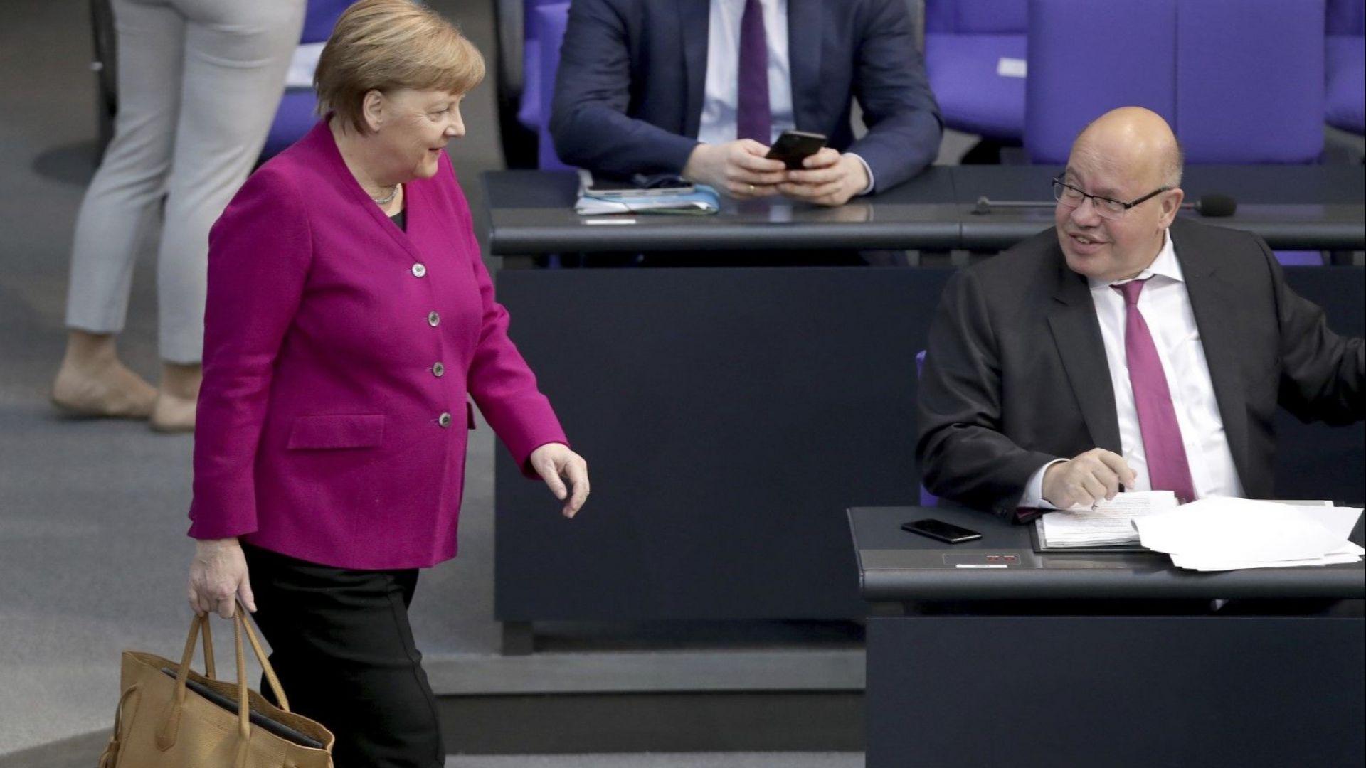 """Германският """"Съвет на мъдреците"""": Икономиката ще се свие с 6,5% тази година"""