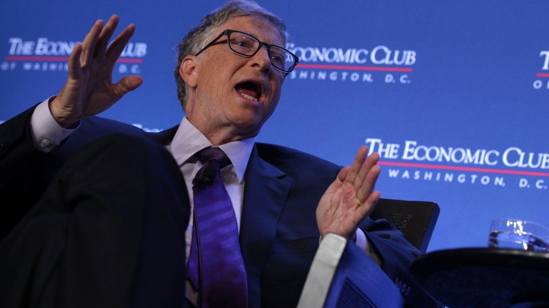 Коронавирус и лъжи: приписват на Бил Гейтс пъклен план