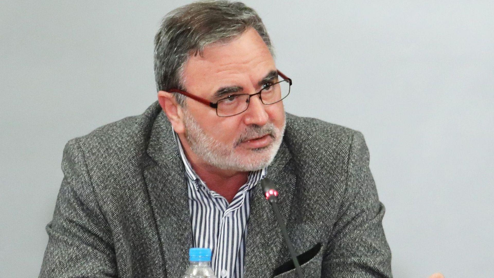 Доц. Кунчев: Няма да дебатирам с Мангъров, 2 месеца получавах гнусни SMS-и с ругатни