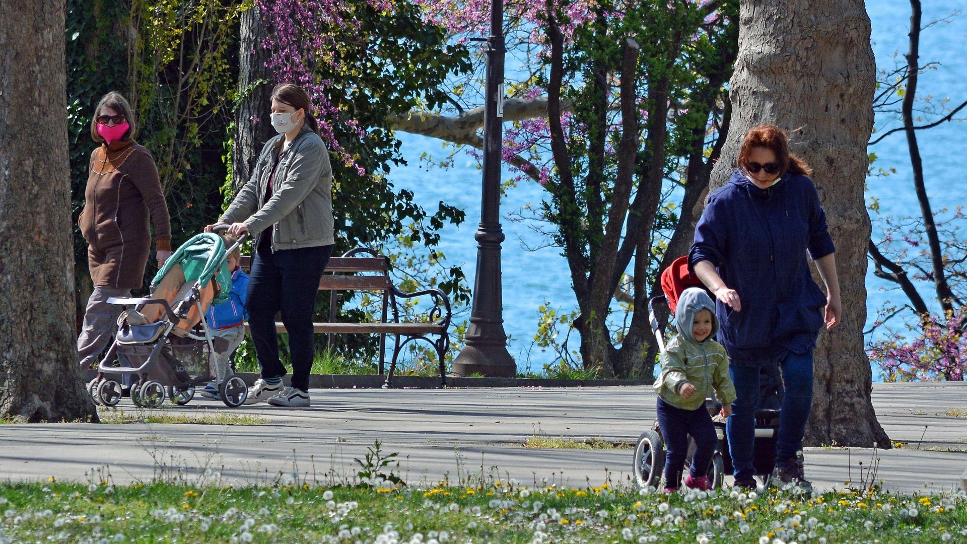 Падна 82-годишен температурен рекорд във Варна