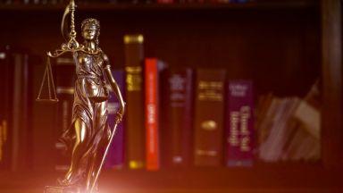Домашен арест за българския съдебен заседател, издирван от Италия