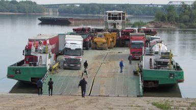 """Корабът """"Джъмбо"""" 3 докара машините за полагане на тръбите от """"Балкански поток"""""""