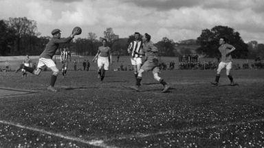 И войната не спря футбола у нас, но Хитлер отложи един мач с инвазията си