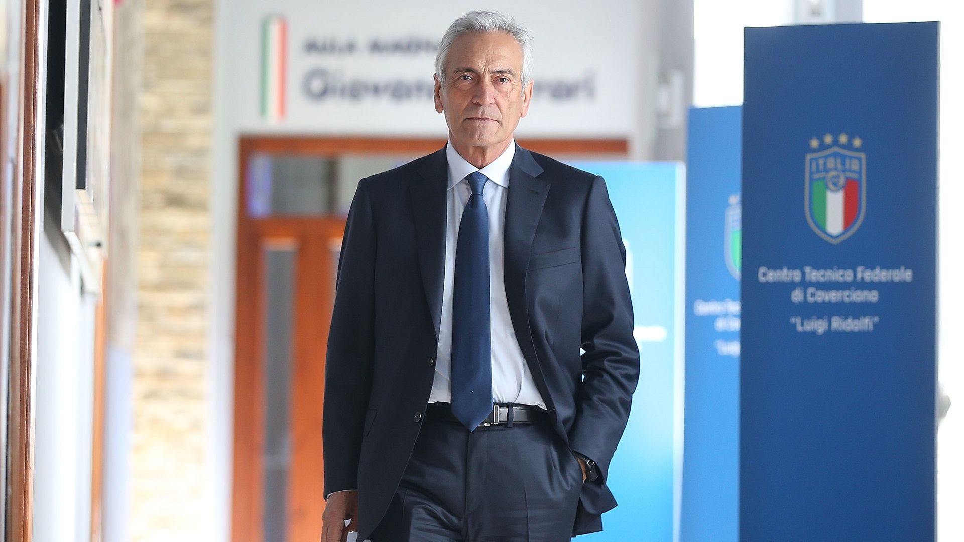 Шефът на италианския футбол: Няма да подпиша смъртната присъда на първенството