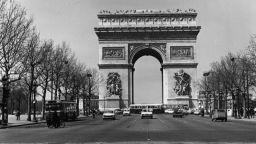 Кристо ще опакова Триумфалната арка в Париж догодина
