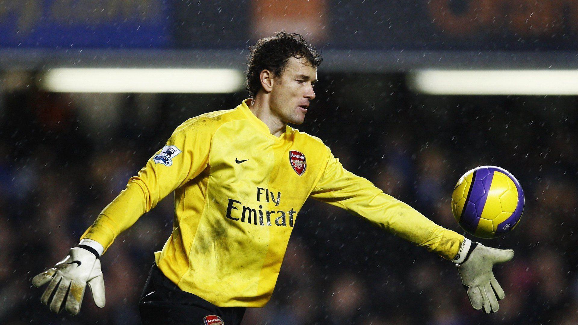 Йенс Леман обвини топка за отпадане на Арсенал от Шампионската лига