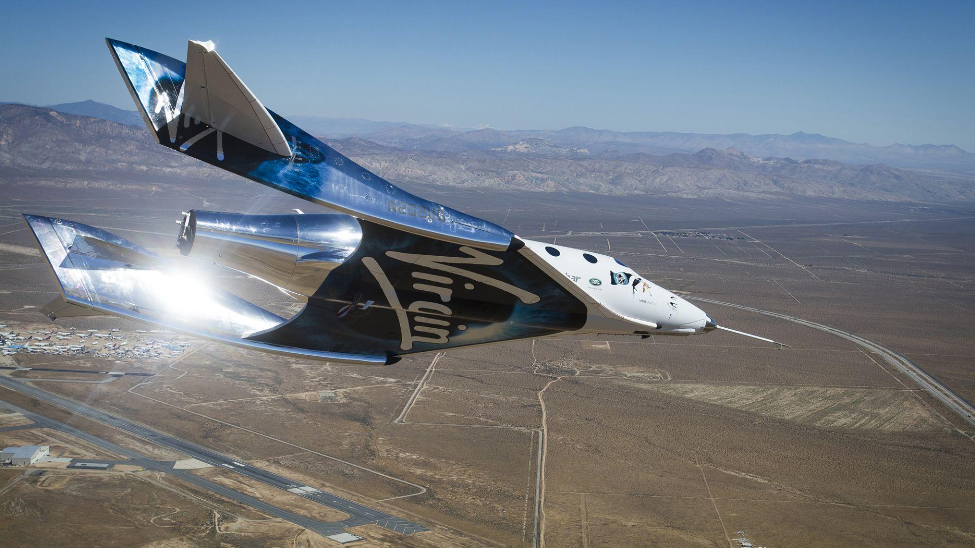Ричард Брансън ще предлага редовни туристически полети в космоса от догодина