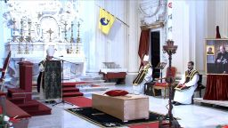 Извършиха 4 пъти погребалната церемония на Великия магистър на Малтийския орден