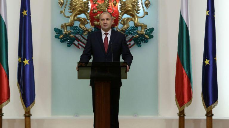 Президентът сезира КС за Закона за здравето, липсвал пределен срок за епидемичната обстановка