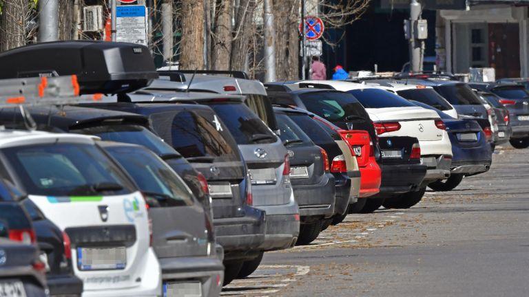 Нов наземен паркинг с общо 151 места на територията на