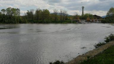 Топлофикация Перник: Хаосът не позволява да пуснем топла вода на перничани