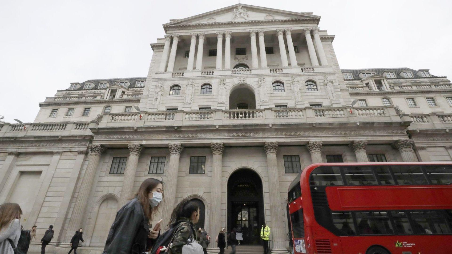"""Британските банки ще """"поддържат огъня"""" и при 30% спад на икономиката"""