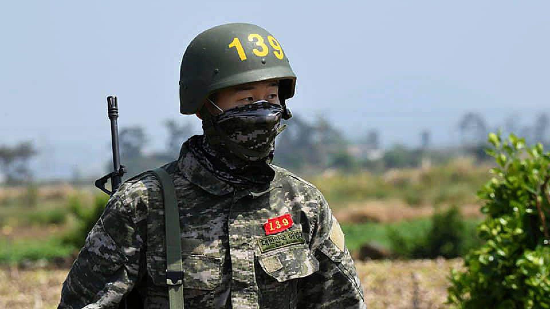 Перфектният войник Сон с отличие от армията